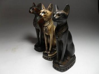 statuetki-koshek