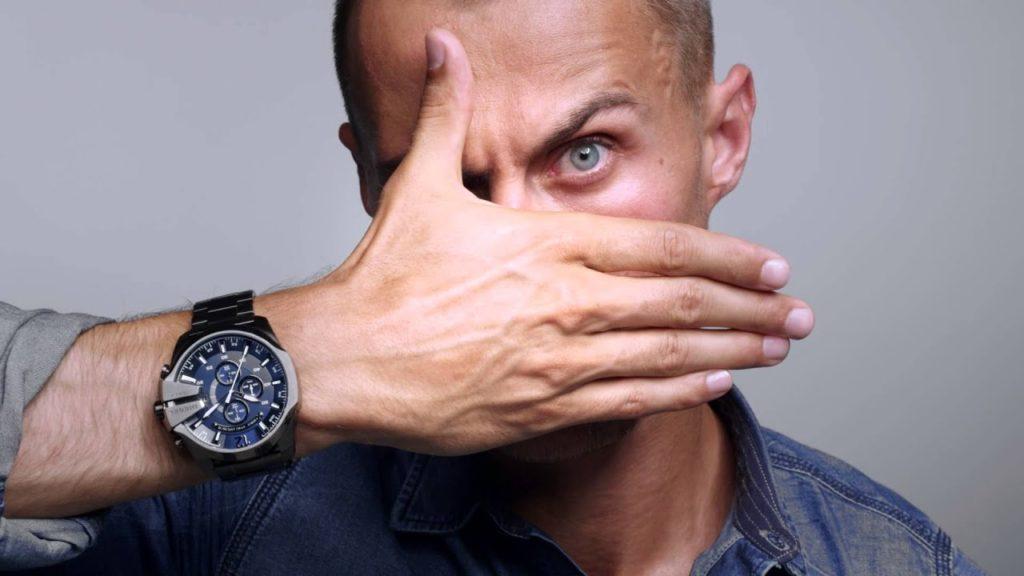 Почему наручные часы до сих пор популярны?