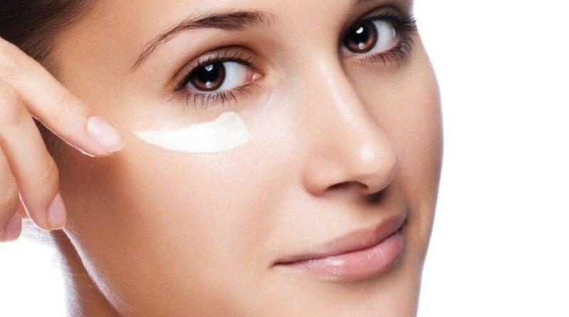 Уходовые средства за кожей вокруг глаз