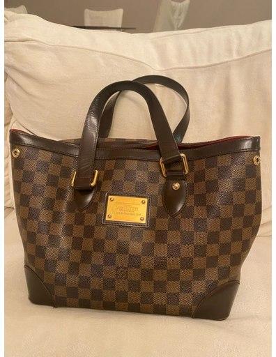 Как выбрать брендовую женскую брендовую сумку?